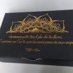 altın yaldızlı çikolata kutusu