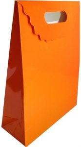 El geçmeli turuncu hediyelik karton çanta 1